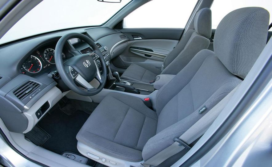 2007 BMW 335i coupe - Slide 76
