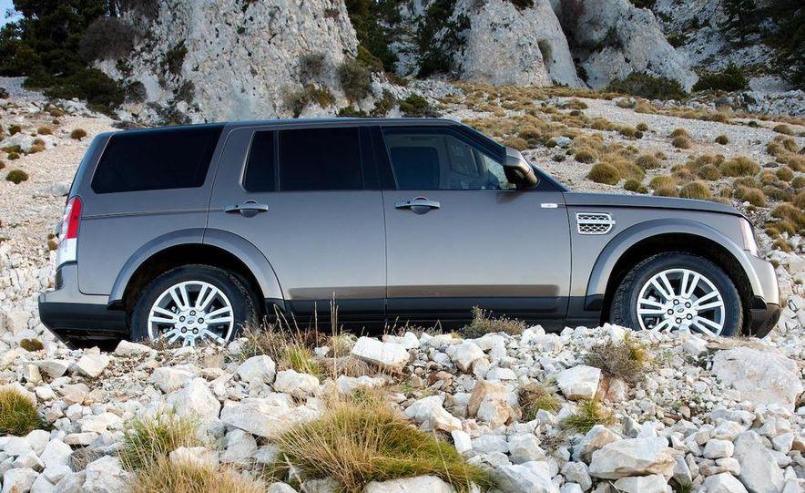 2010 Land Rover LR4 - Slide 23