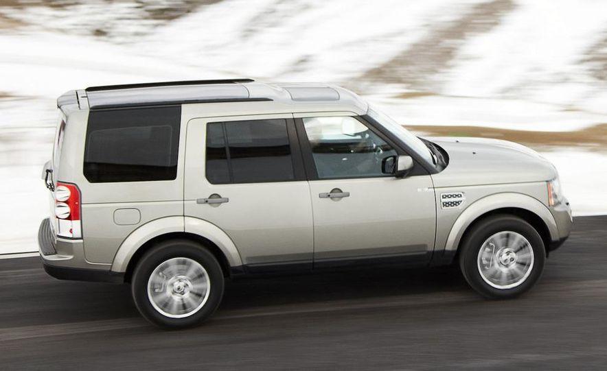 2010 Land Rover LR4 - Slide 13