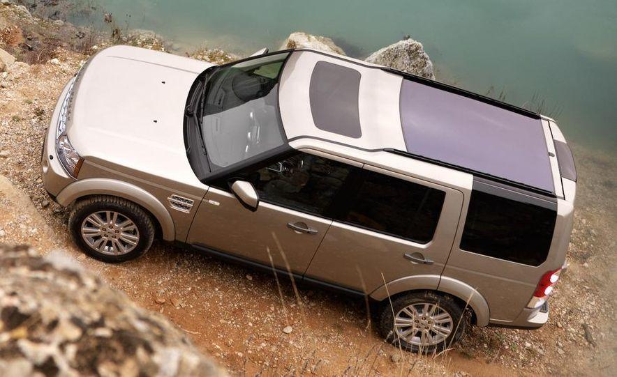 2010 Land Rover LR4 - Slide 22