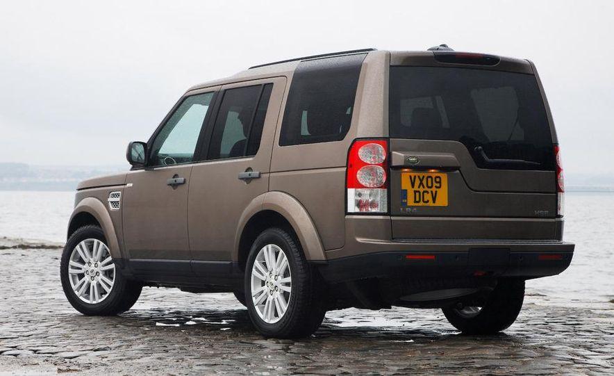 2010 Land Rover LR4 - Slide 31