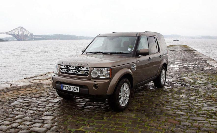 2010 Land Rover LR4 - Slide 32