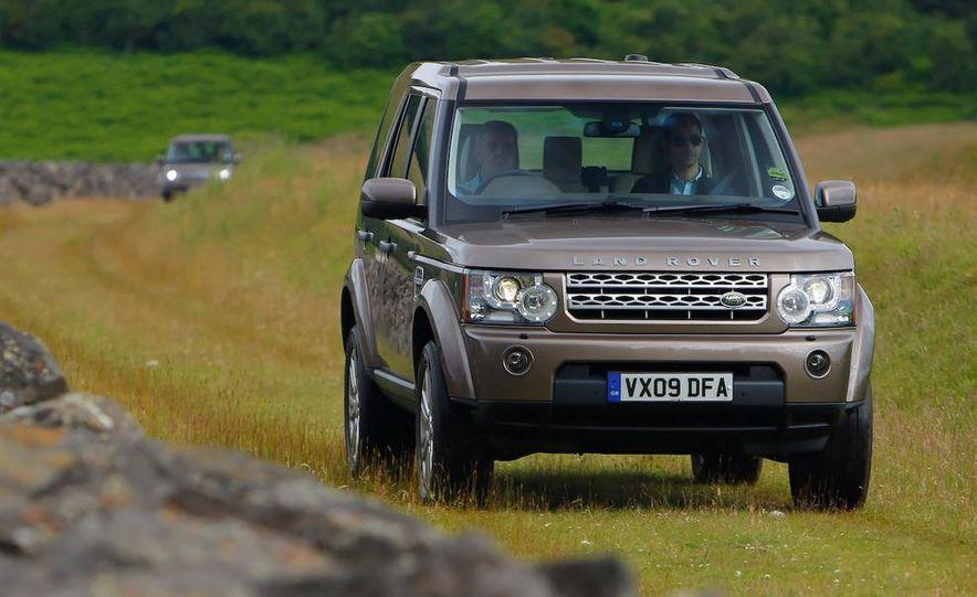 2010 Land Rover LR4 - Slide 33
