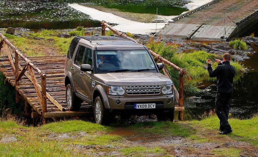 2010 Land Rover LR4 - Slide 44