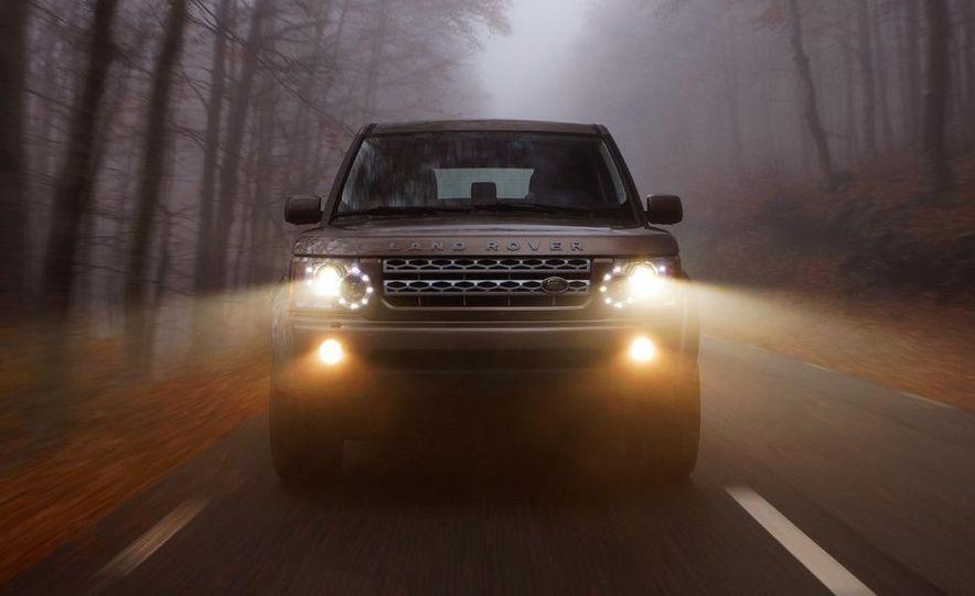2010 Land Rover LR4 - Slide 15