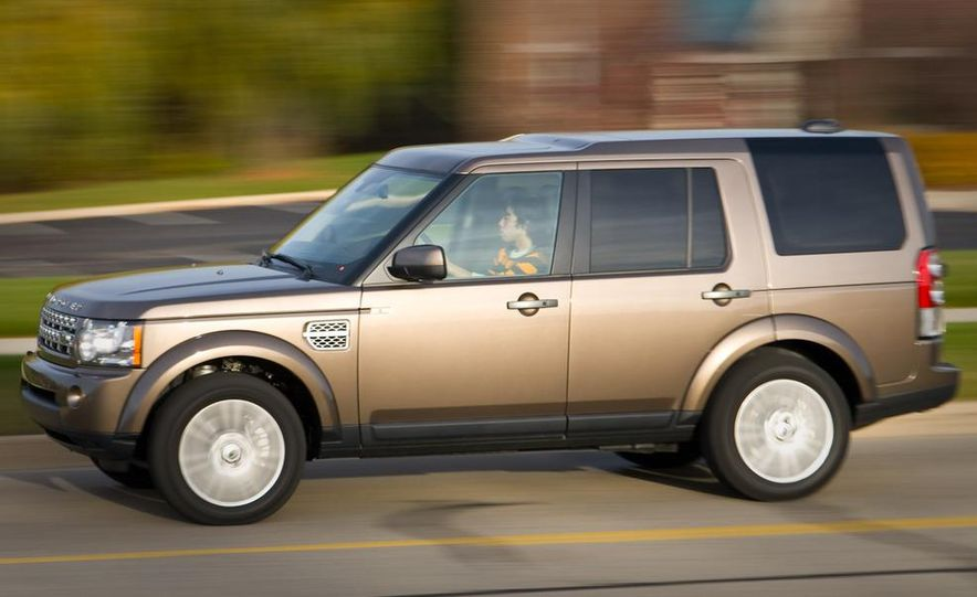 2010 Land Rover LR4 - Slide 4