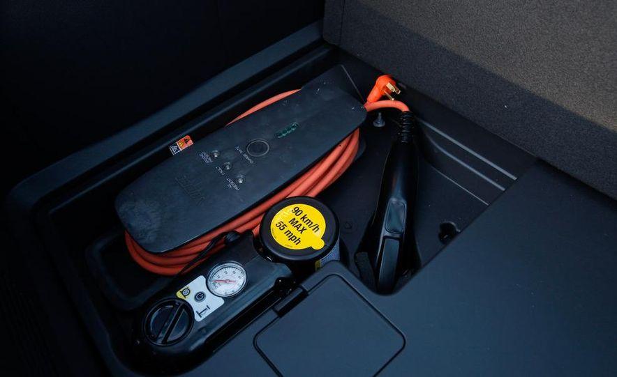 2011 Chevrolet Volt with range extender - Slide 29