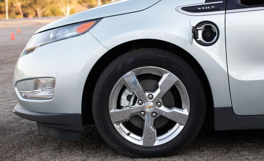 2011 Chevrolet Volt with range extender - Slide 18