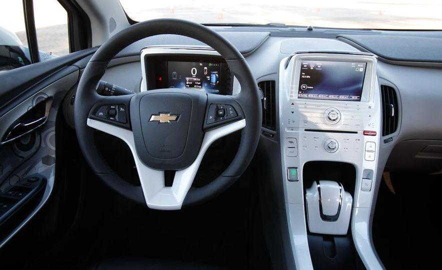 2011 Chevrolet Volt with range extender - Slide 26