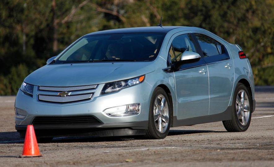 2011 Chevrolet Volt with range extender - Slide 4