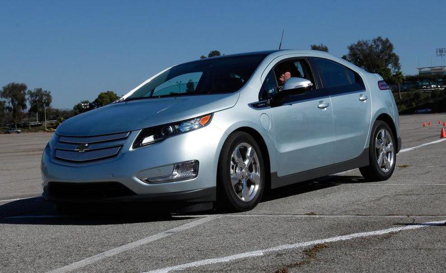 2011 Chevrolet Volt with range extender - Slide 17