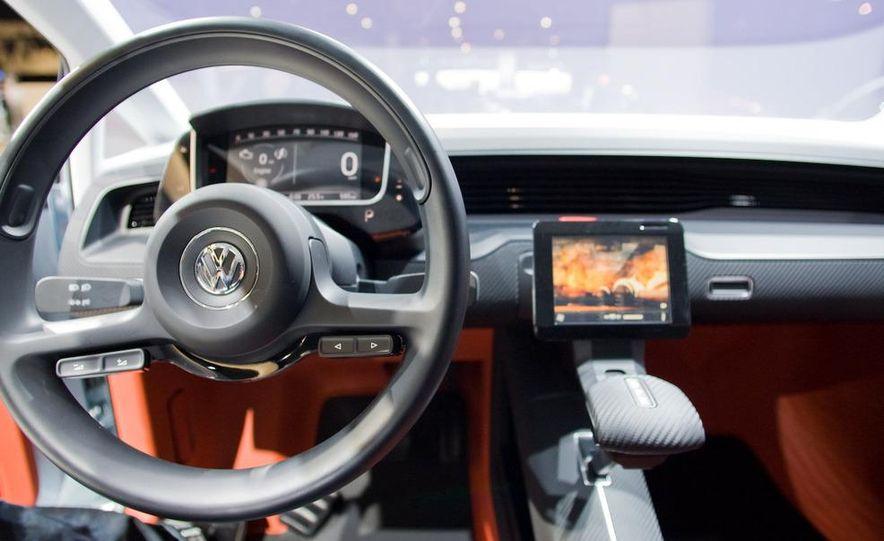 Volkswagen UP! Lite concept - Slide 11