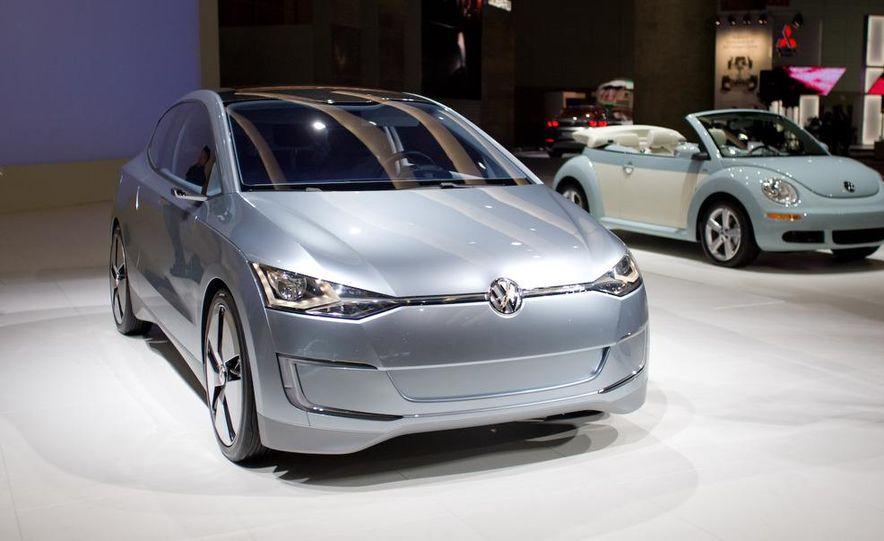 Volkswagen UP! Lite concept - Slide 1