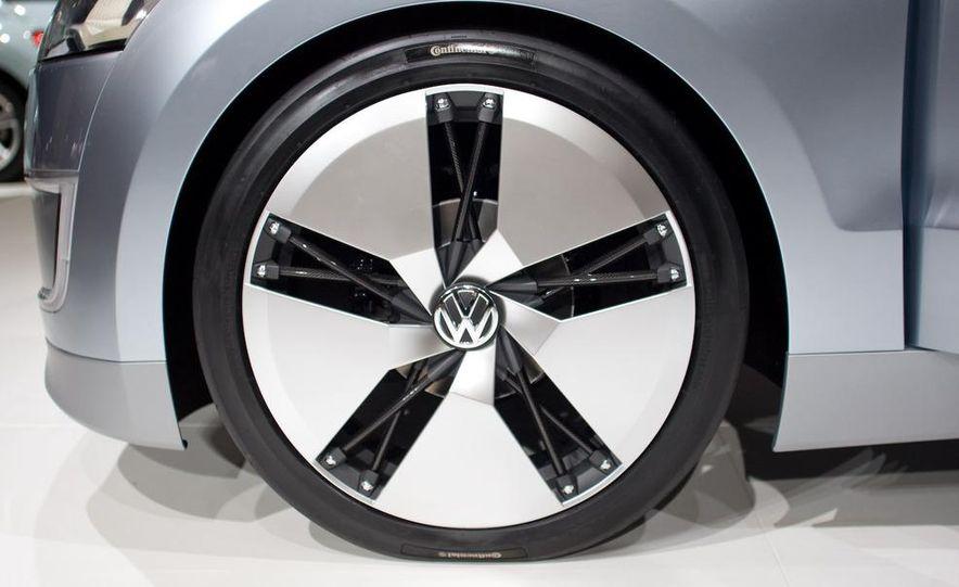 Volkswagen UP! Lite concept - Slide 8