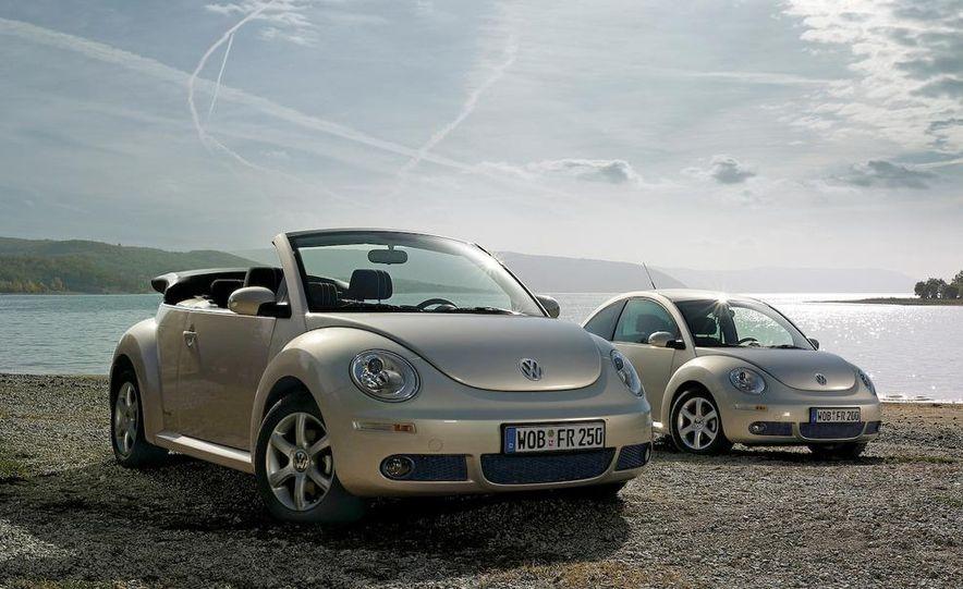 2010 Volkswagen New Beetle Final Edition coupe - Slide 40