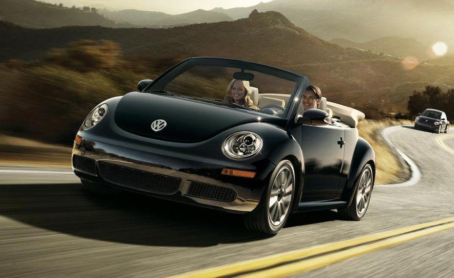 2010 Volkswagen New Beetle Final Edition coupe - Slide 10