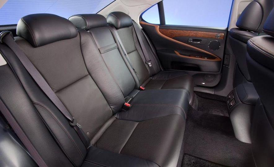 2010 Lexus LS460 with Sport package - Slide 10