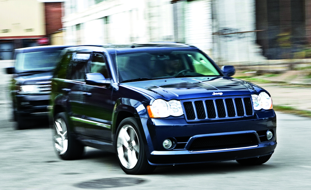 2010 bmw x5 m vs. 2009 jeep grand cherokee srt8, 2010 land rover