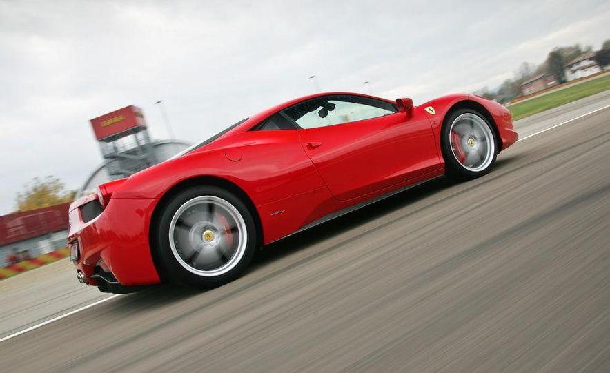 2010 Ferrari 458 Italia - Slide 13