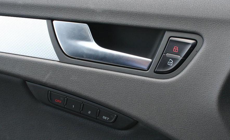 2009 Audi A4 2.0T Quattro sedan - Slide 16