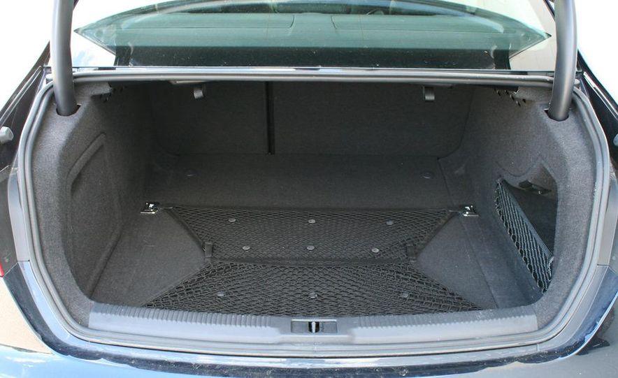 2009 Audi A4 2.0T Quattro sedan - Slide 20
