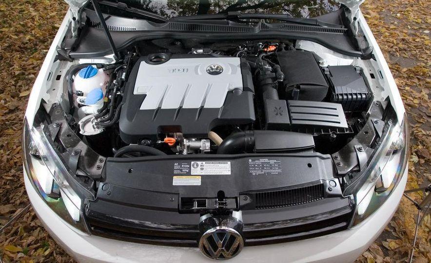 2010 Volkswagen Golf TDI 3-door - Slide 42