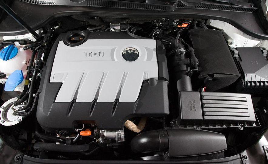 2010 Volkswagen Golf TDI 3-door - Slide 43