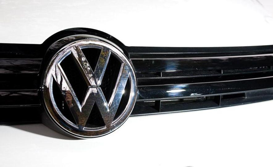 2010 Volkswagen Golf TDI 3-door - Slide 40