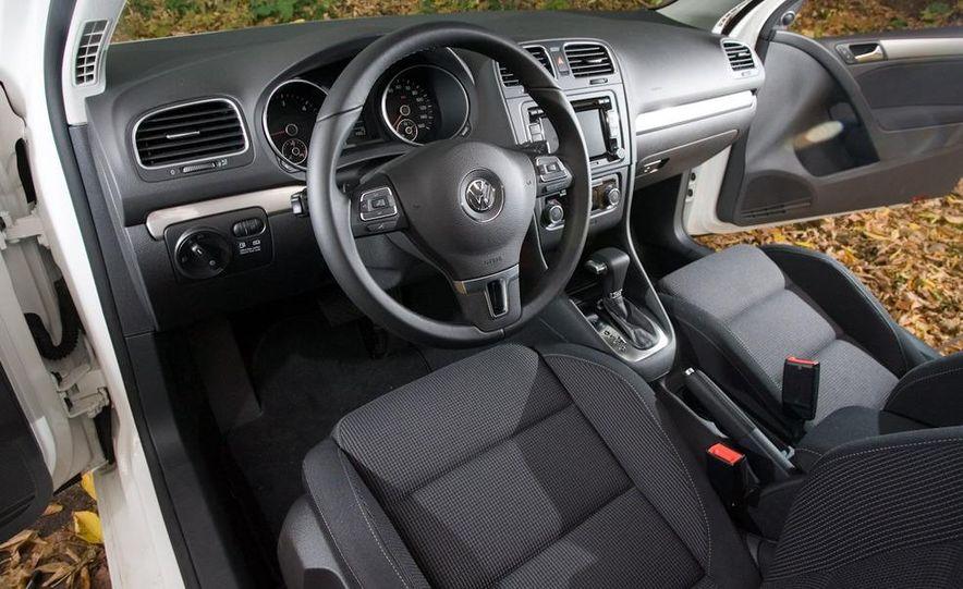 2010 Volkswagen Golf TDI 3-door - Slide 28