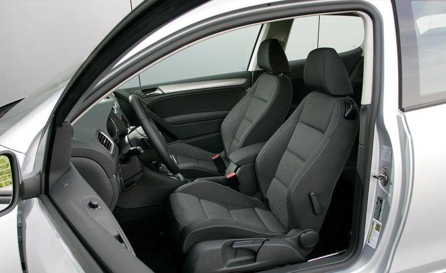 2010 Volkswagen Golf TDI 3-door - Slide 38