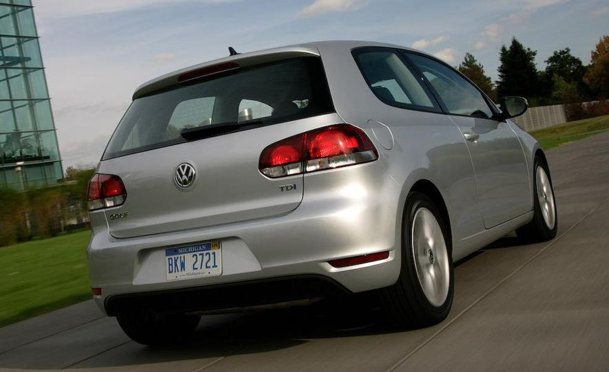 2010 Volkswagen Golf TDI 3-door - Slide 16