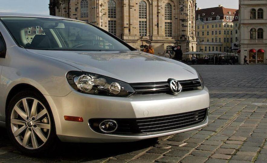 2010 Volkswagen Golf TDI 3-door - Slide 21
