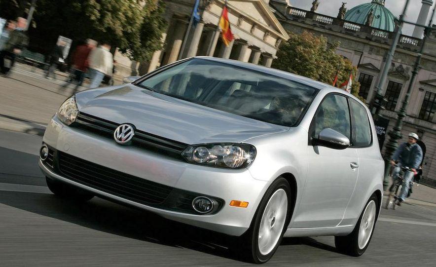 2010 Volkswagen Golf TDI 3-door - Slide 10