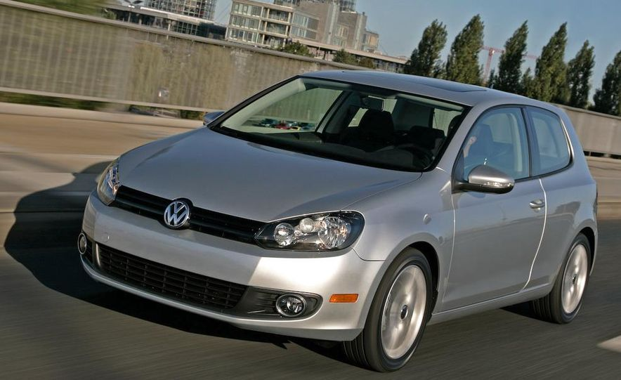 2010 Volkswagen Golf TDI 3-door - Slide 6