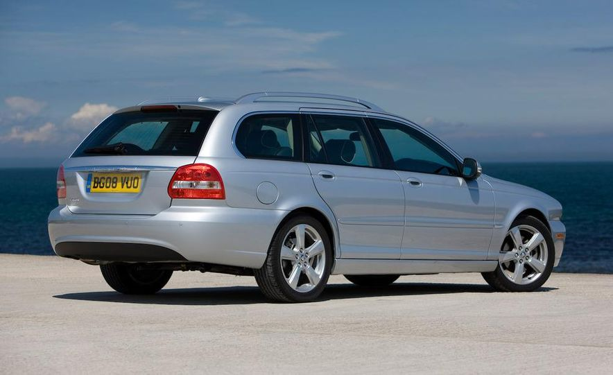 2007 Jaguar X-type wagon (Euro-spec) - Slide 2