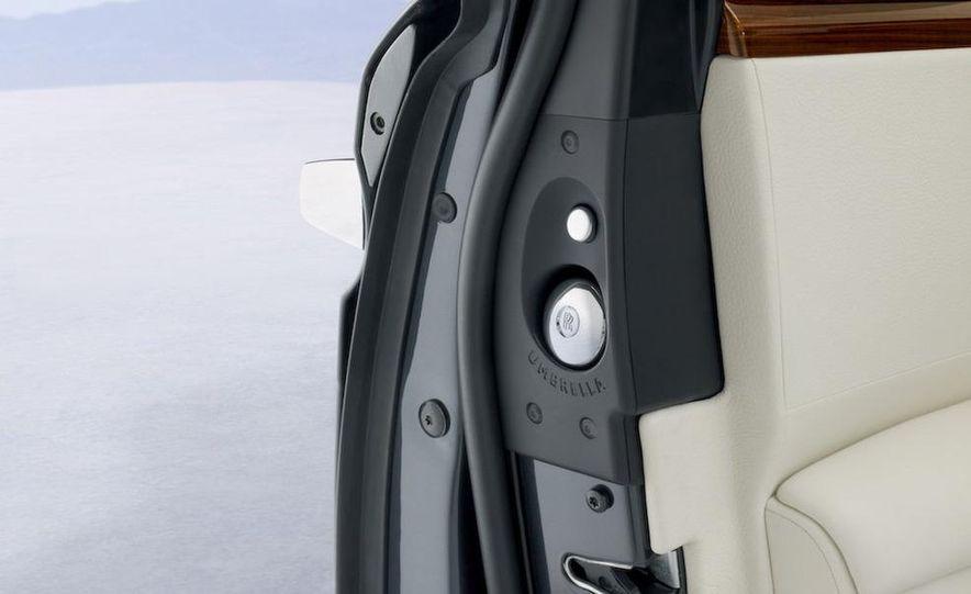 2011 Rolls-Royce Ghost - Slide 19