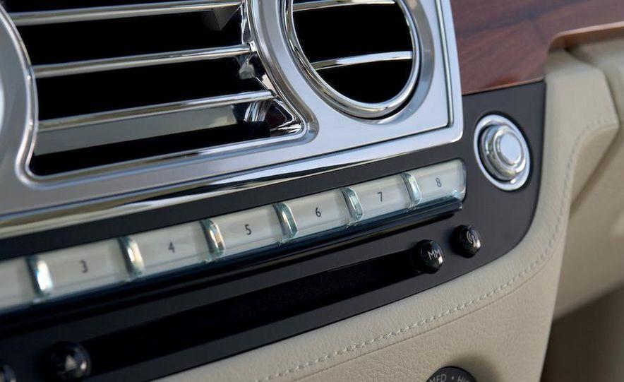 2011 Rolls-Royce Ghost - Slide 35
