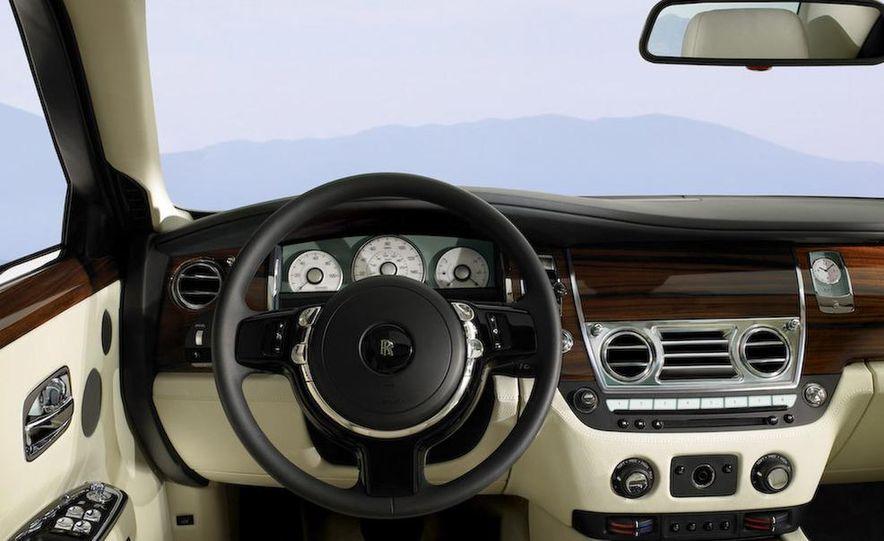 2011 Rolls-Royce Ghost - Slide 25