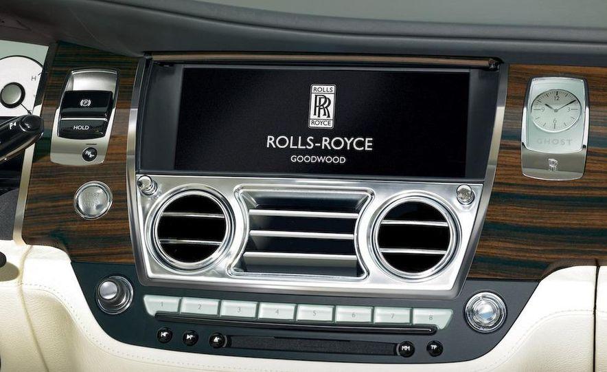 2011 Rolls-Royce Ghost - Slide 34
