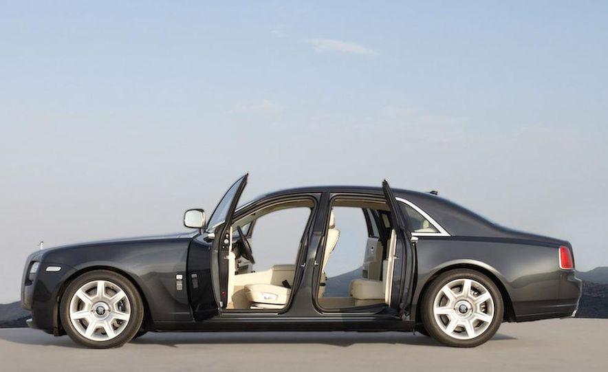2011 Rolls-Royce Ghost - Slide 11