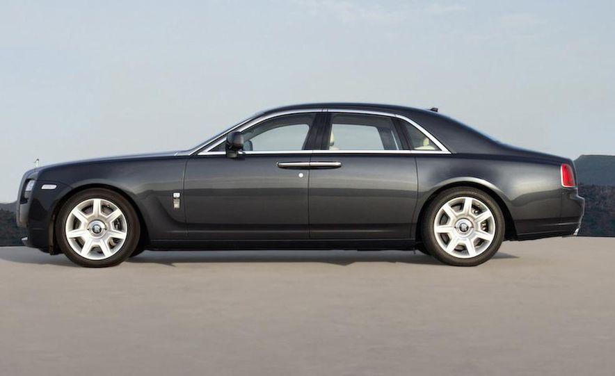 2011 Rolls-Royce Ghost - Slide 12