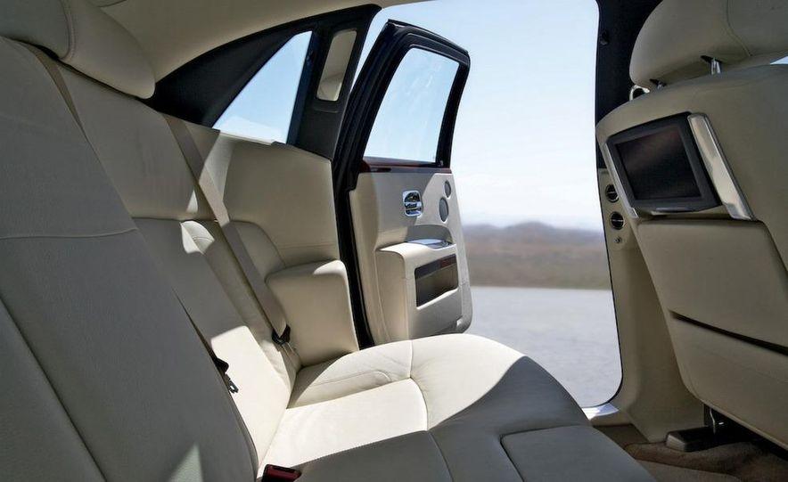 2011 Rolls-Royce Ghost - Slide 27