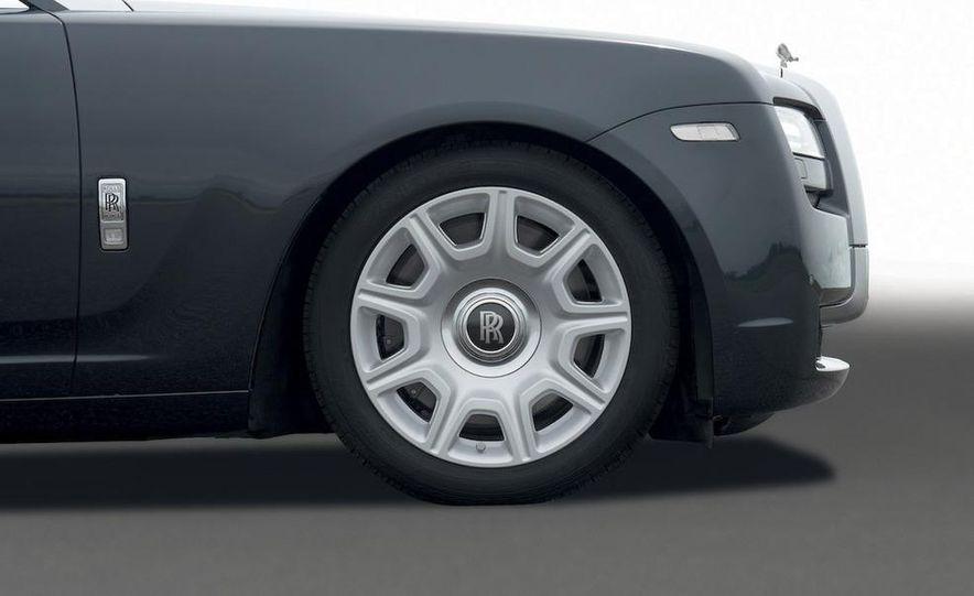 2011 Rolls-Royce Ghost - Slide 13