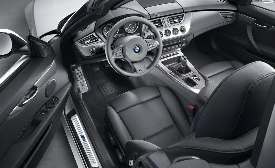 2011 BMW Z4 sDrive35is - Slide 44