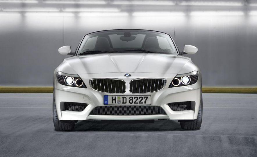 2011 BMW Z4 sDrive35is - Slide 38