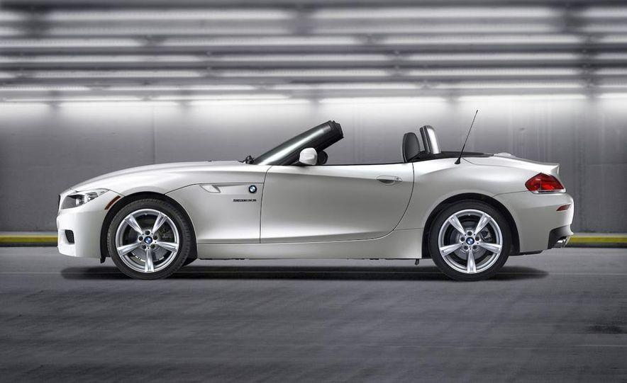 2011 BMW Z4 sDrive35is - Slide 42