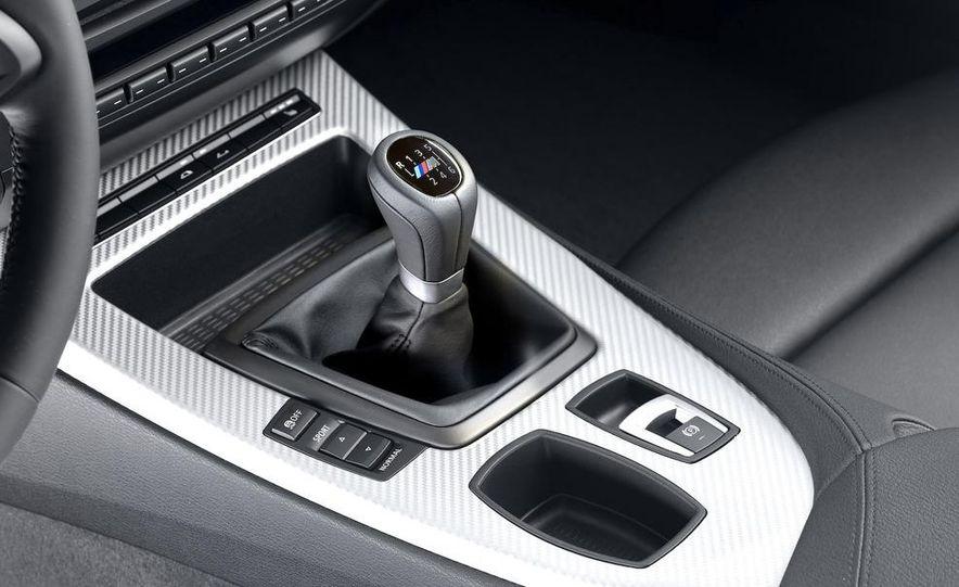 2011 BMW Z4 sDrive35is - Slide 45