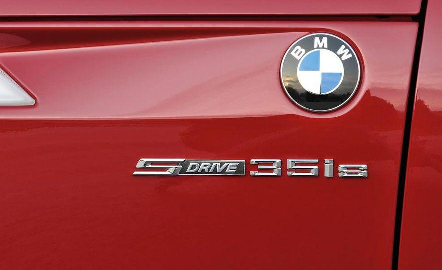 2011 BMW Z4 sDrive35is - Slide 29