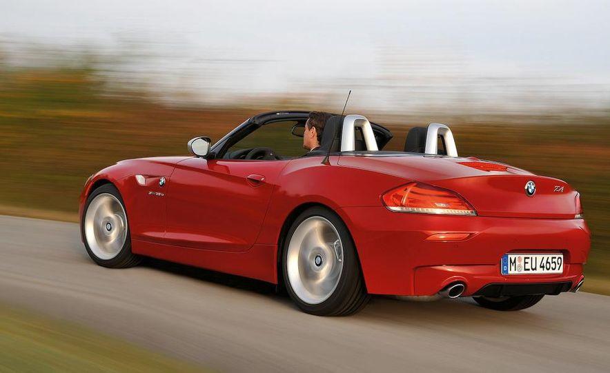 2011 BMW Z4 sDrive35is - Slide 22