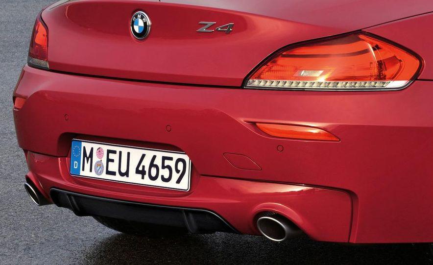 2011 BMW Z4 sDrive35is - Slide 26